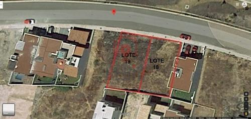 terreno  de 251.53 m2 en lomas de juriquilla con vista panorámica ln