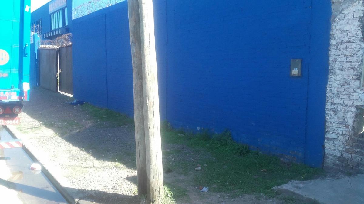 terreno de 30 x 60 mts. para transportistas pared perimetral