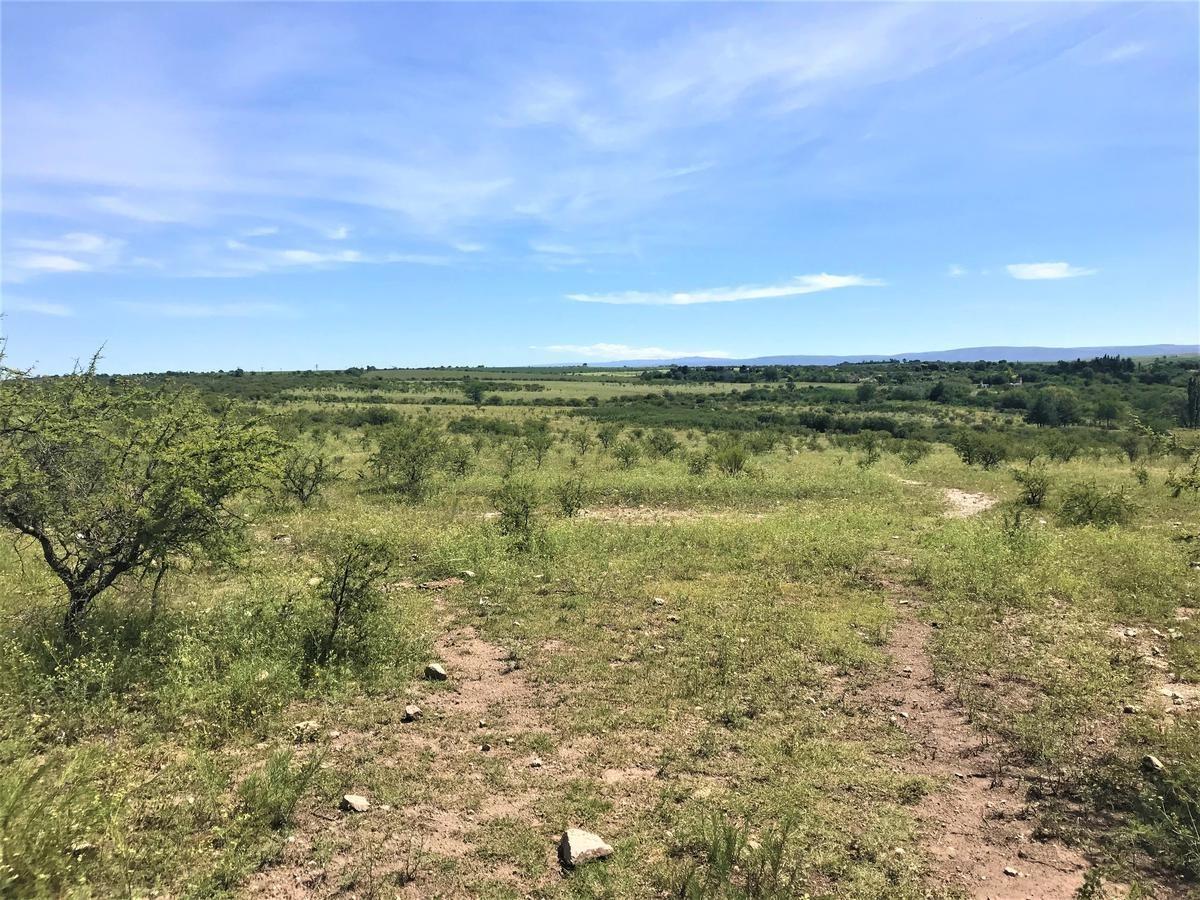 terreno de 3.000 m2 -  la falda - provincia de córdoba.