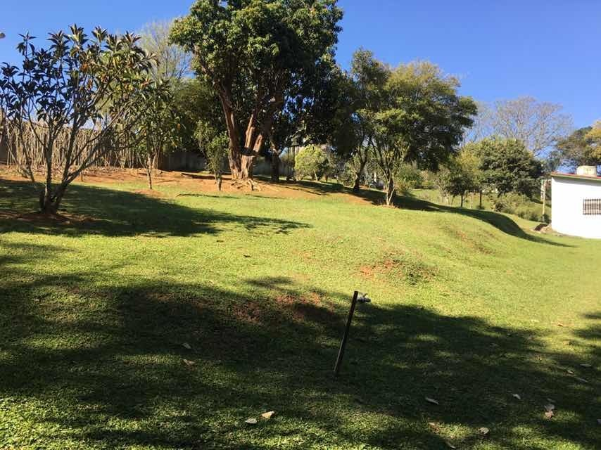 terreno de 3.000mt2 em santa isabel poço artesiano 320 mt
