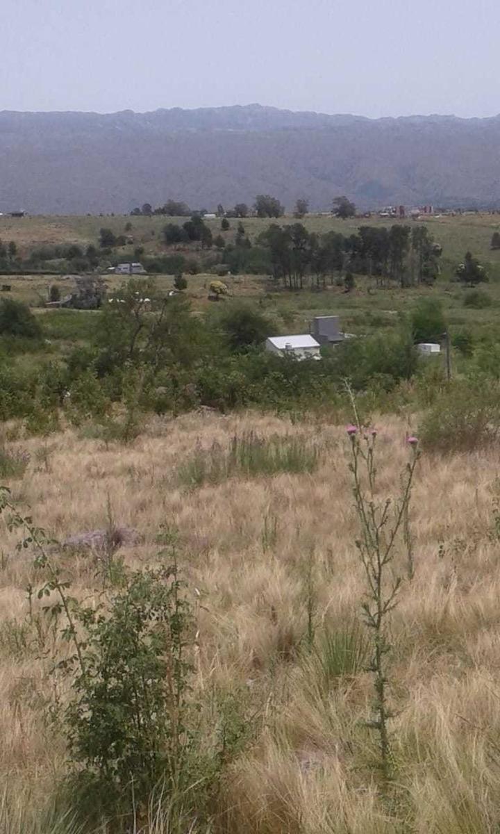 terreno de 3.500 metros ( villa yacanto )
