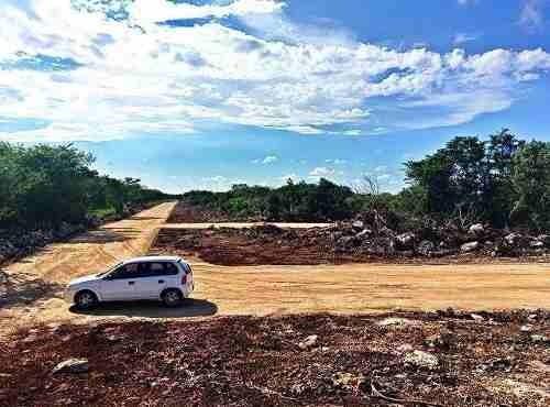 terreno de 350m2 con servicios financiamiento en conkal