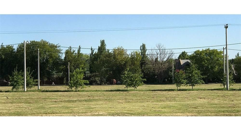 terreno de 484mts dentro del barrio las casuarinas
