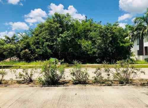 terreno de 750 m2 en country club yucatan privada xpokin