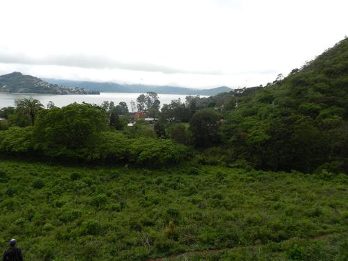 terreno de 8500 mts. antes del santuario con vista al lago