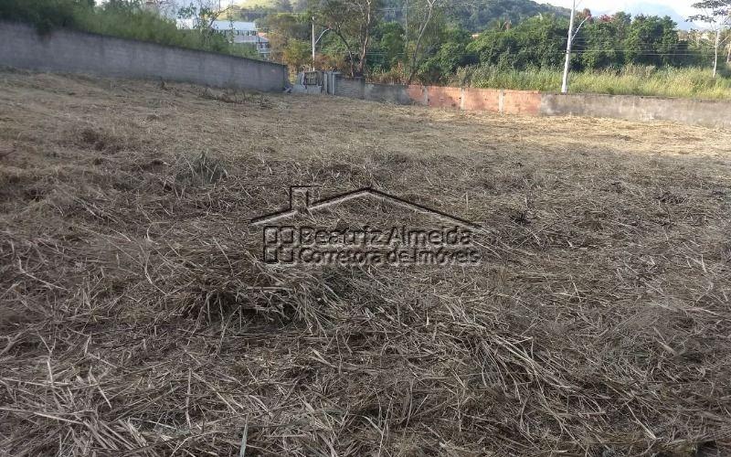 terreno de 855m² na avenida 1 em itaipuaçu - ótimo para fins comerciais