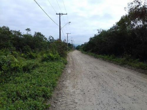 terreno de chácara á venda,medindo 7000m²,em itanhaém-sp