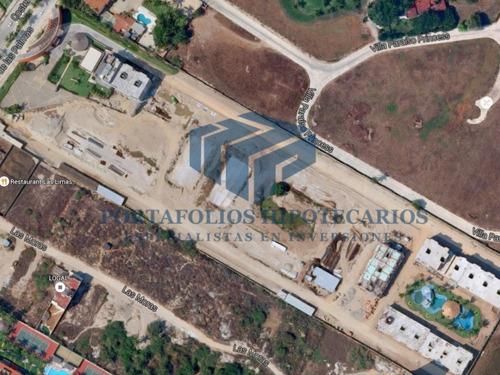terreno de remate en zona playera, ideal para inversionistas