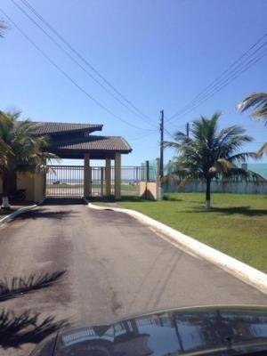 terreno em condomínio frente mar, com docs ok, ótimo local!