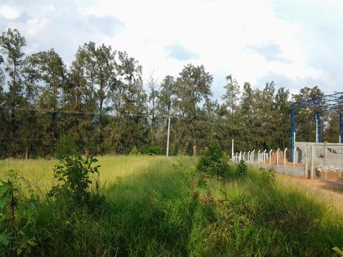 terreno em jarinu 258,30m² ótima topografia industrial