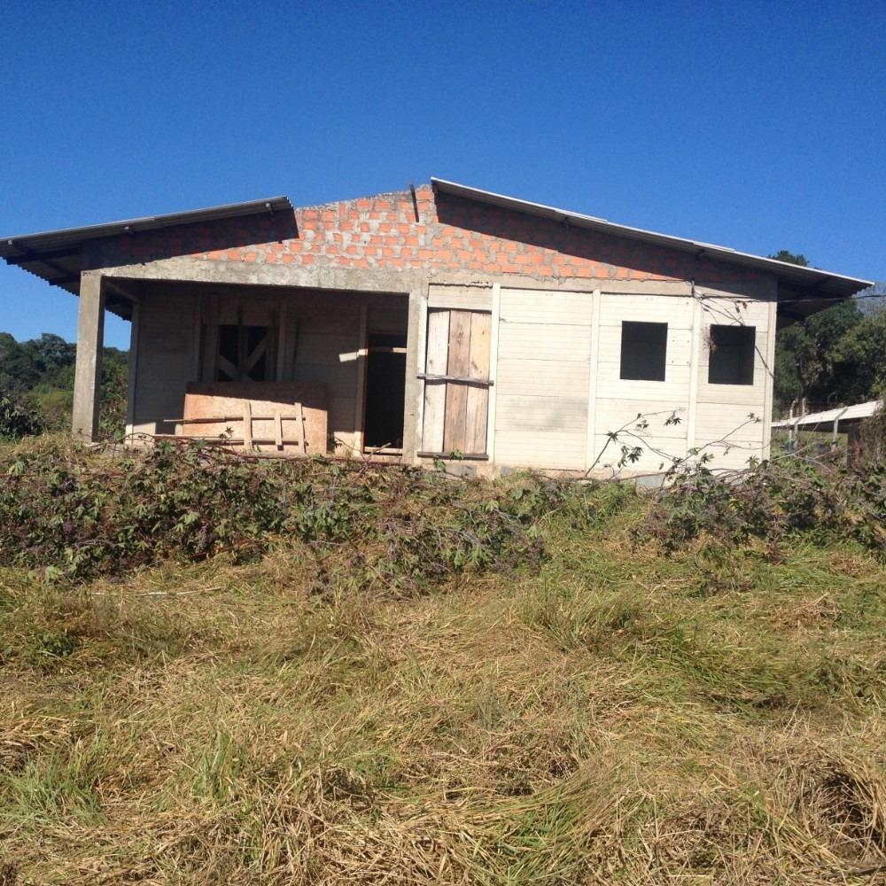 terreno em piedade com casa semi acababa
