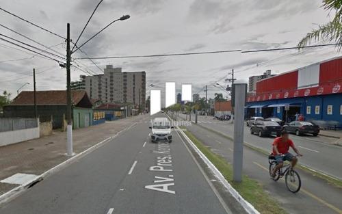 terreno em praia grande, na principal avenida da vila caiçara.
