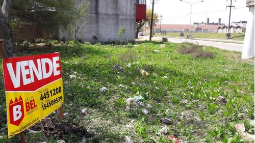 terreno en barranqueras, esquina sobre avenida!