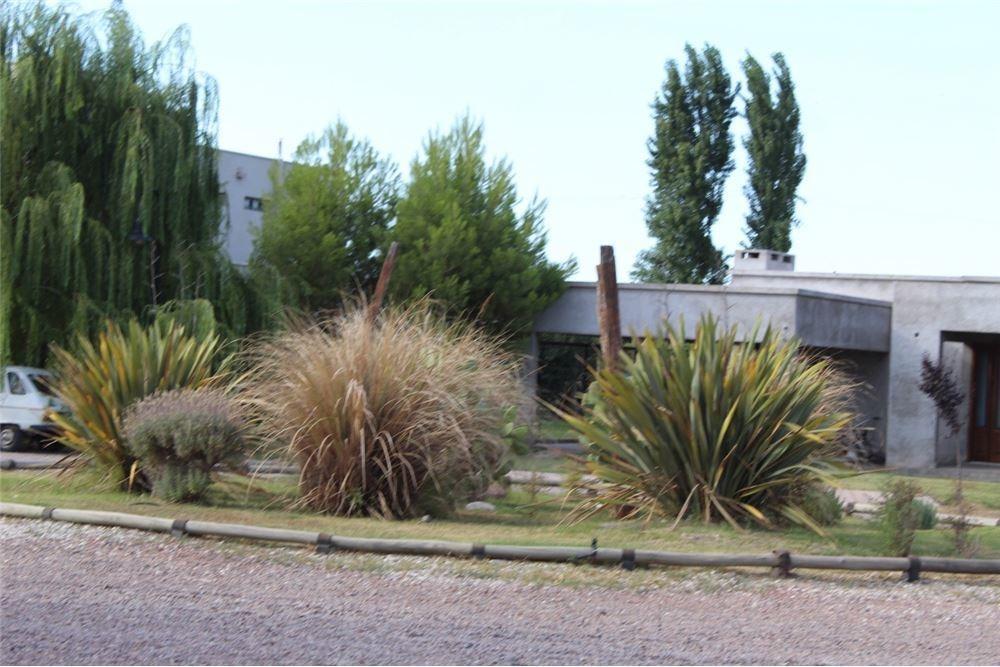 terreno en barrio privado liceo country club iv