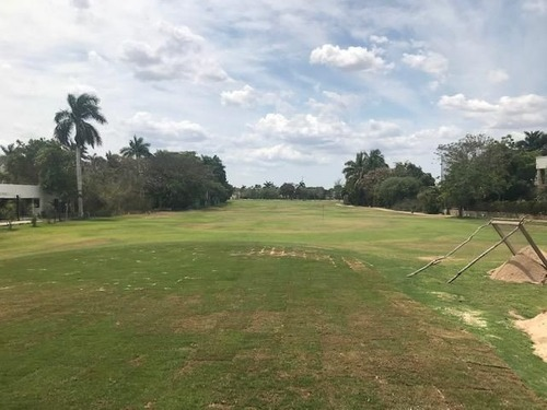 terreno en club de golf la ceiba
