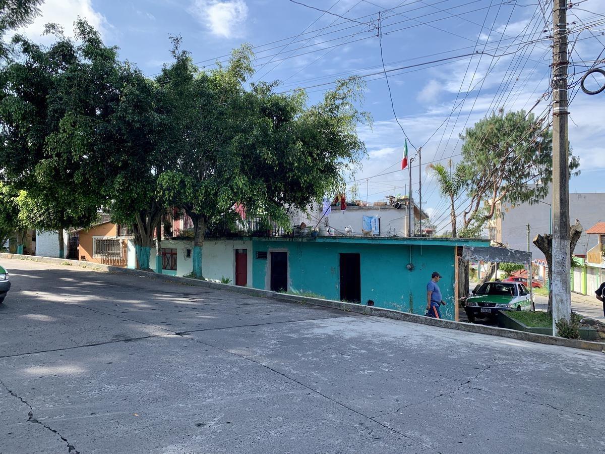 terreno en esquina en xalapa progreso macuiltepetl