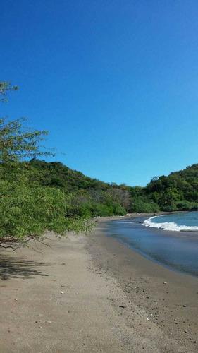 terreno en isla cebaco a  $1.50m2