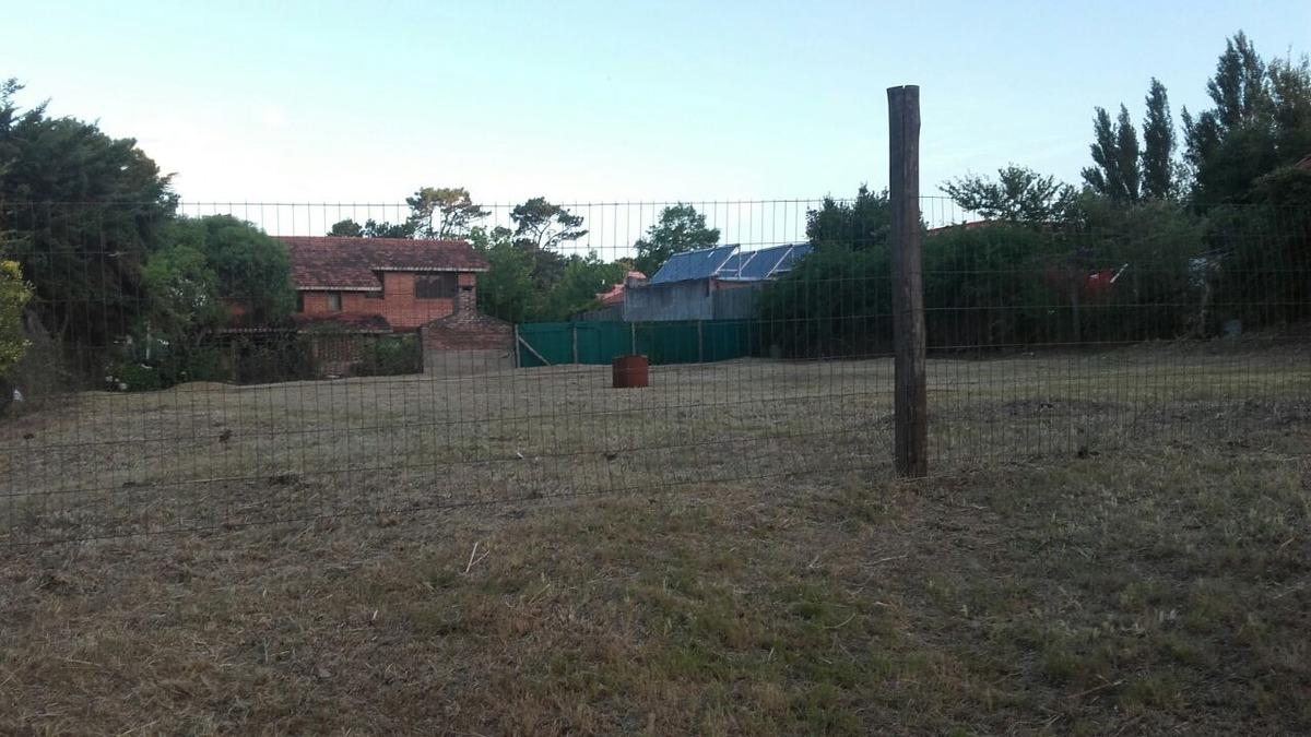 terreno en jardines de cordoba