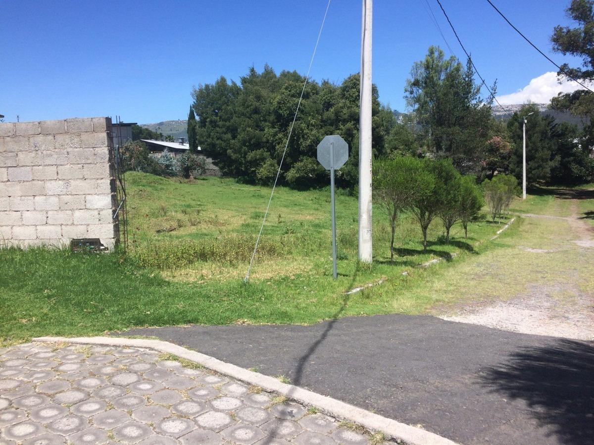 terreno en la urbanización la ribera - valle de los chillos