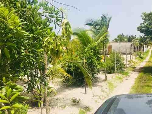 terreno en puerto de chelem, ubicado en esquina
