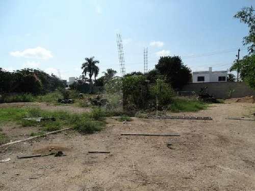 terreno en renta en mérida / maya 2000 m2 en esquina