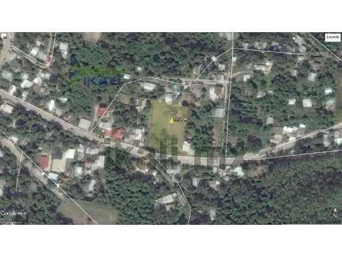 terreno en venta 3250 m² col guadalupe victoria de poza rica veracruz, se encuentra ubicado en la calle benito juárez, cuenta con 3250 m² son 50 m. de frente por 65 m. de fondo, el tipo de terreno es