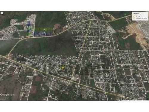 terreno en venta 541 m² col democrática de tuxpan veracruz, se encuentra ubicado en la colonia democrática, cuenta con 541 m², 20.60 metros de frente por 27 metros de fondo. con una casa de madera co