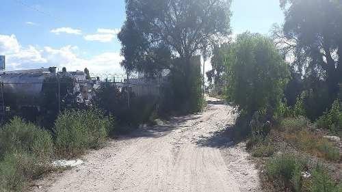 terreno en venta a 1 calle de carretera matehuala y antes de periferico