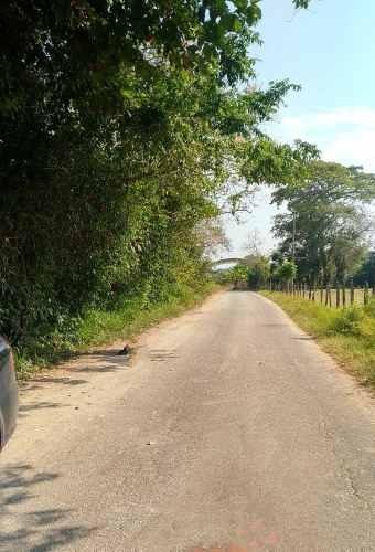 terreno en venta a 3 kilometros del aeropuerto