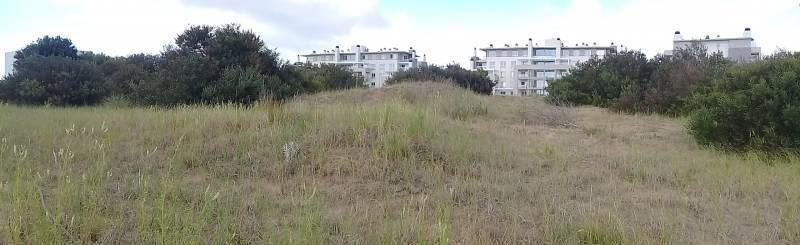 terreno en venta a metros del club house de golf. costa esmeralda