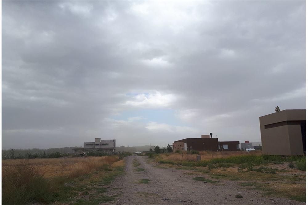 terreno en venta b° el vergel - 900 mt2