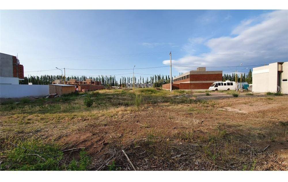 terreno en venta - bº tierra mansa-centenario- nqn