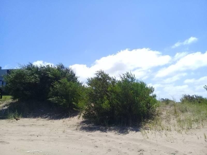 terreno en venta barrio ecuestre de costa esmeralda