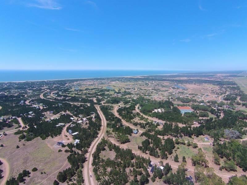 terreno en venta barrio senderos iv en costa esmeralda