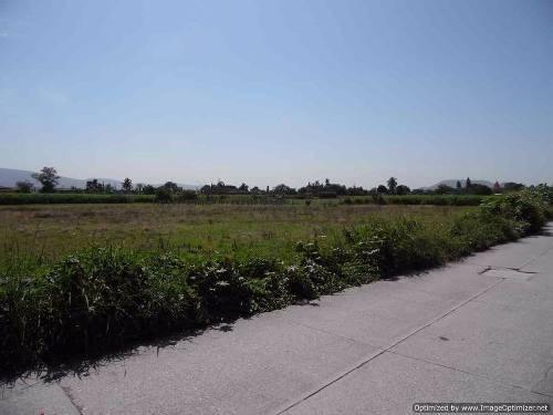 terreno en venta cerca de la plaza de toros xochitepec morelos clave t