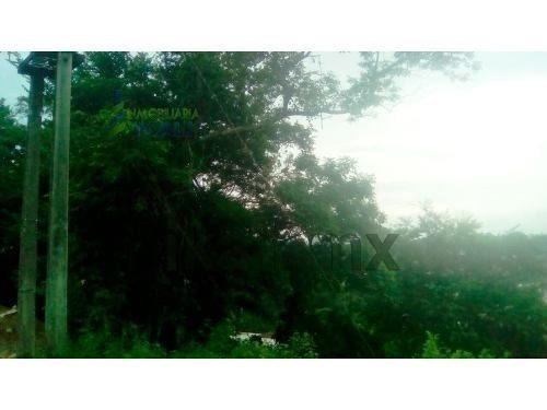 terreno en venta coatzintla veracruz 1924 m², se encuentra ubicado en la carretera de coatzintla a san andrés en la colonia cerro del tepeyac, cuenta con 1924.24 m², son 45 m de frente por 50 m. de f