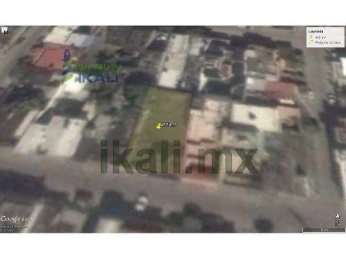 terreno en venta col chapultepec poza rica veracruz 455 m², se encuentra ubicado en la calle ébano # 407 de la colonia chapultepec cuenta con 455 m² son 15.23 m. de frente por 30.65 m. de fondo de te