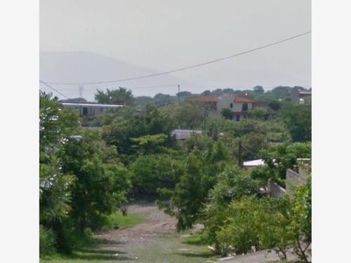 terreno en venta comala , en esquina , cerca del templo de la trinidad
