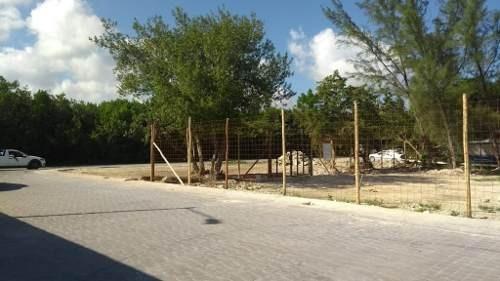 terreno en venta con privilegiada ubicación, cerca del centro de los comercios de puerto morelos q.r