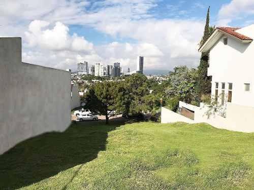 terreno en venta con vista panorámica a zona andares.