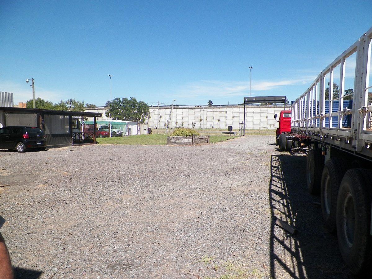terreno en venta de 2700 m2 - berazategui ruta 2