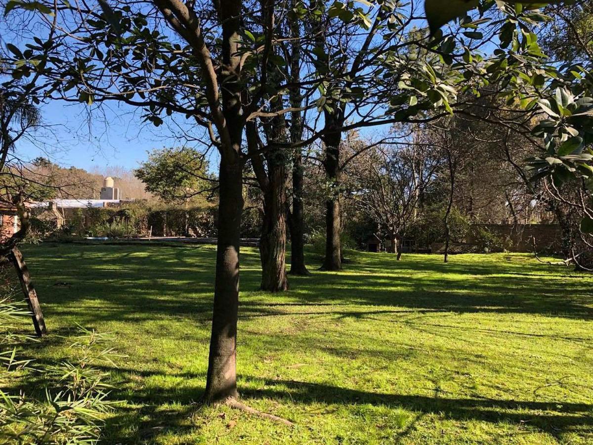 terreno en venta de 800m2 ubicado sobre 202 esq. trejo en villa de mayo