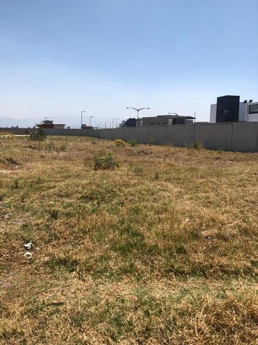 terreno en venta dentro de fraccionamiento hacienda san antonio en metepec