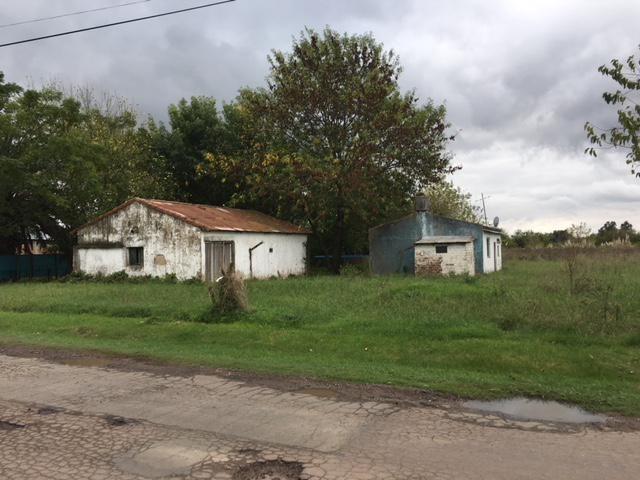 terreno en venta en 144/446 y 454 city bell - alberto dacal propiedades