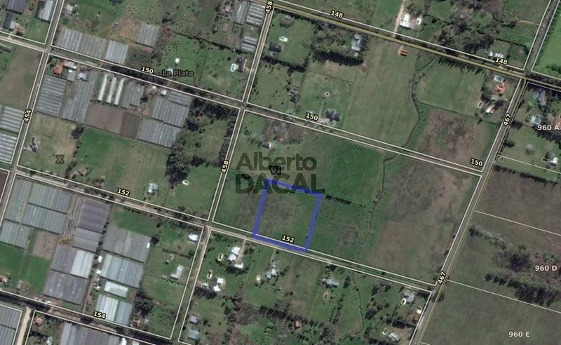 terreno en venta en 152/458 y 467 city bell - alberto dacal propiedades