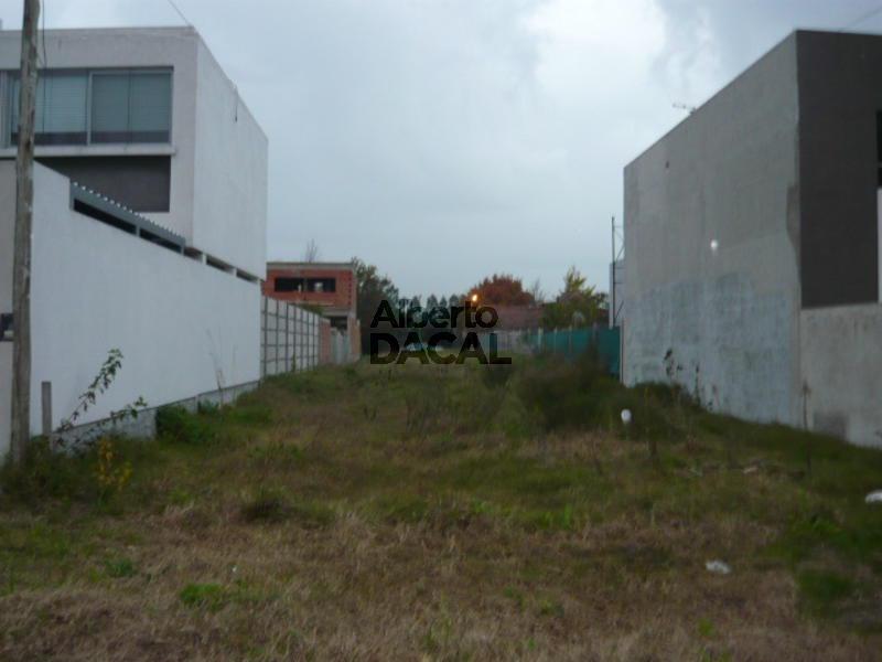 terreno en venta en 28bis/494 y 495 manuel b gonnet - alberto dacal propiedades
