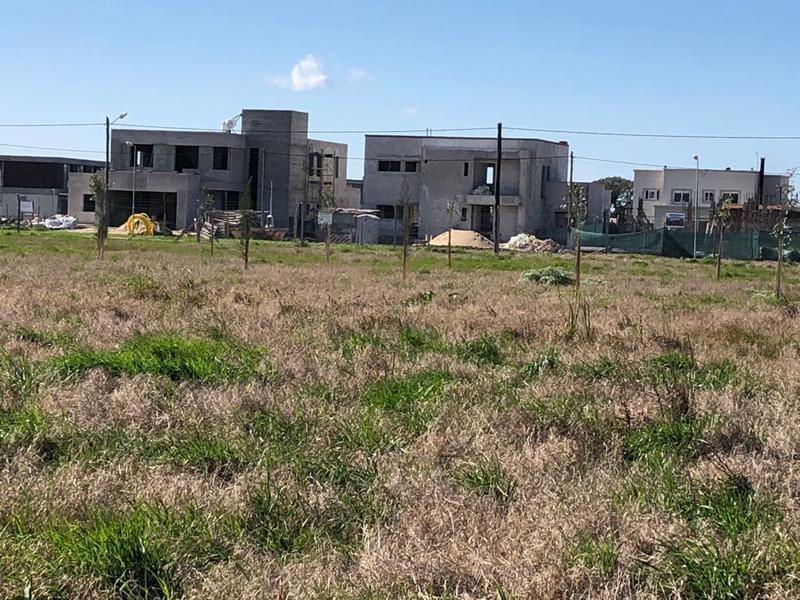 terreno en venta en 457/9 y 10 el quimilar - alberto dacal propiedades
