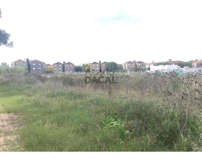 terreno en venta en 495 esq. 31bis manuel b gonnet - alberto dacal propiedades