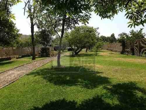 terreno en venta en arauca, zona real, jalisco. rodeado de áreas verdes.superficie 294.79 m2