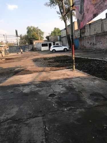 terreno en venta en av taxqueña y canal nacional 1100 m²